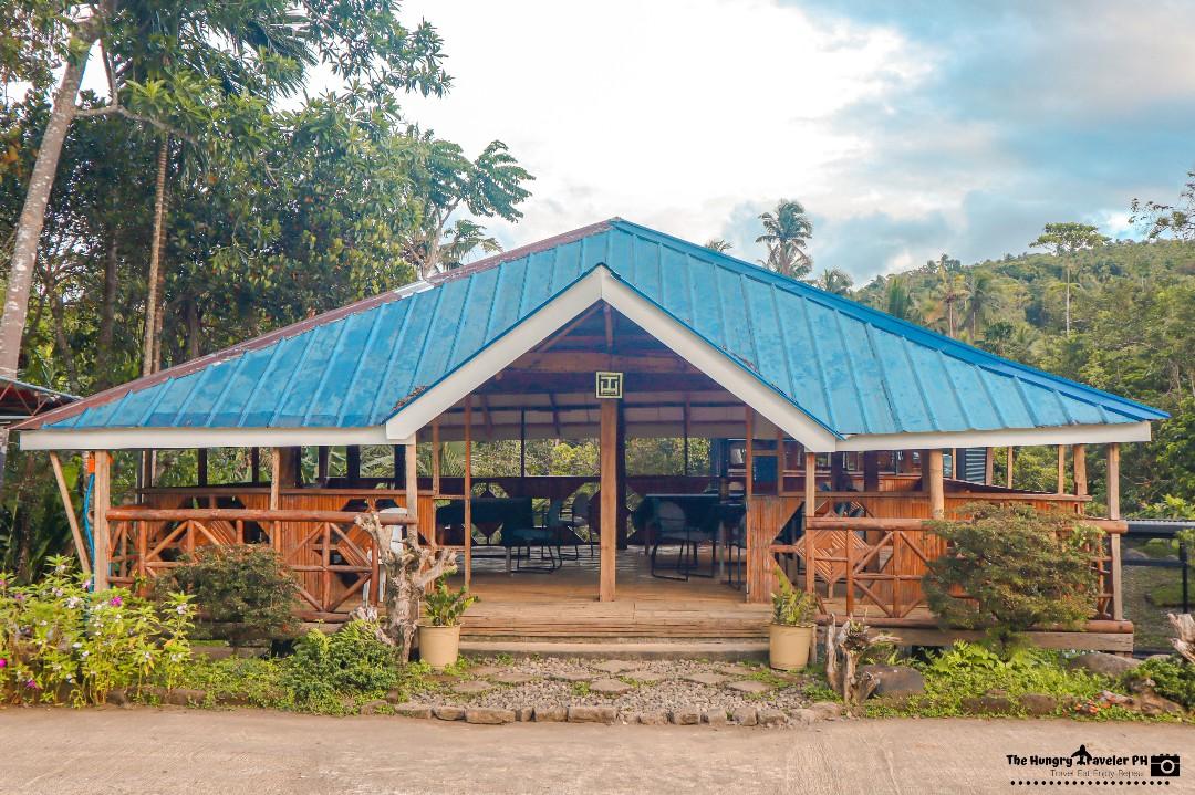 farm t-house